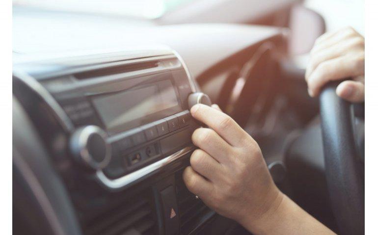 NPO Radio 2 best beluisterd, NPO Radio 5 blijft succesnummer