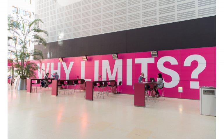 T-Mobile Nederland staat versneld in de verkoop