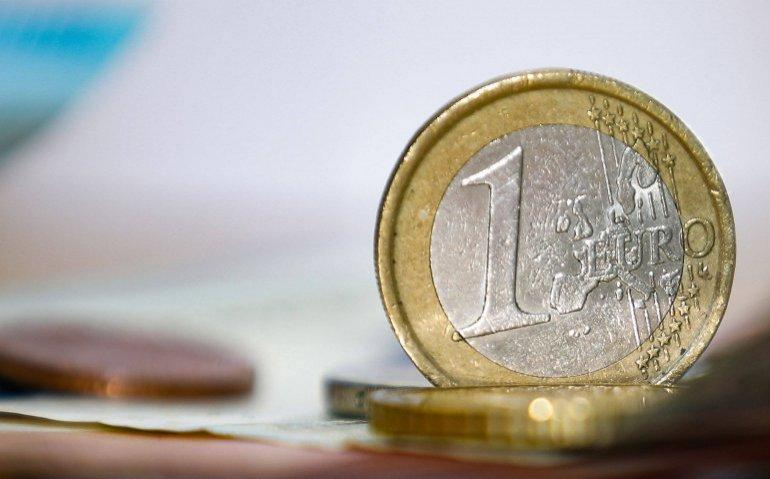 Satellietkijker betaalt aanzienlijk meer voor Nederlandse zenders