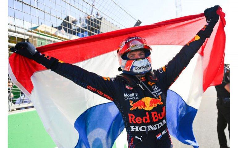 Ziggo Sport krijgt afscheidscadeau Max Verstappen: kijkcijferrecords verpulverd