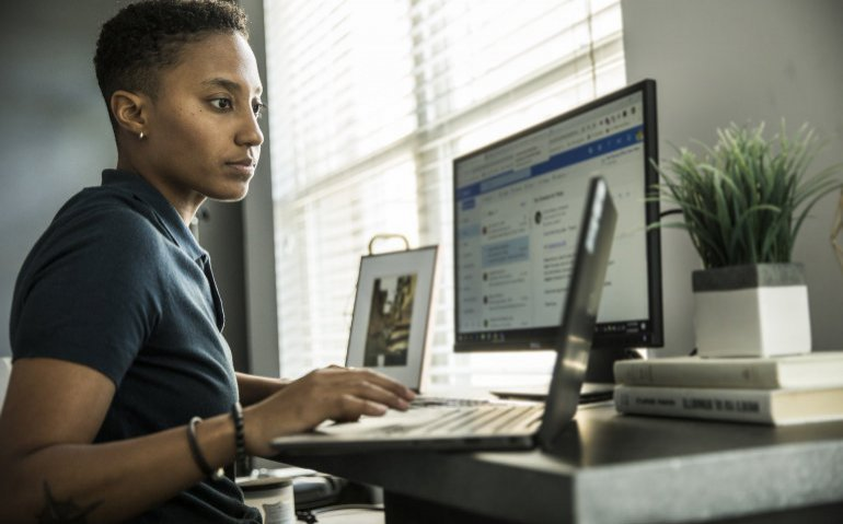 KPN verlaagt prijs zakelijk internet