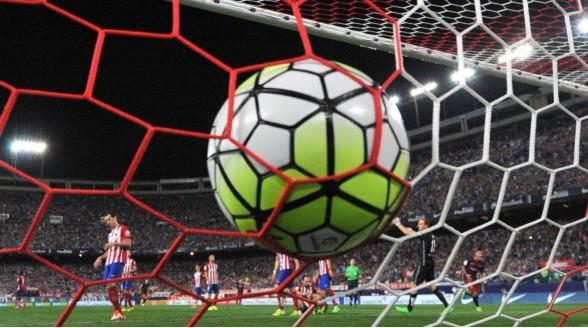 Engels voetbal voor kijker fors duurder