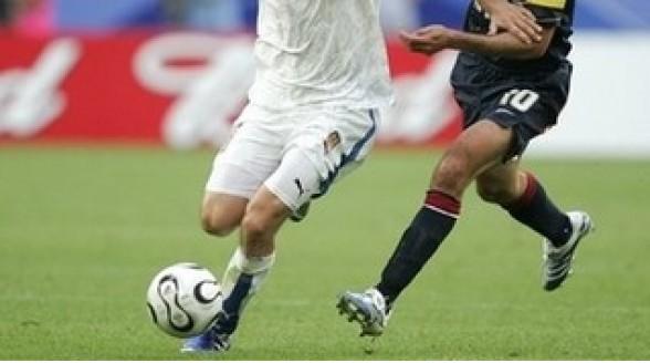 Kabelaar zendt tv-verslag voetbal met radiocommentaar uit
