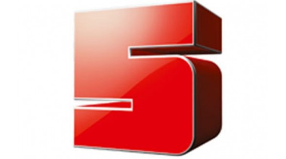 Kim Holland krijgt nette late night show op RTL 5