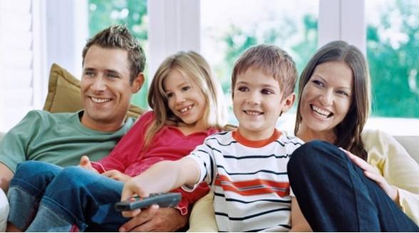 Nederlander kijkt minder televisie