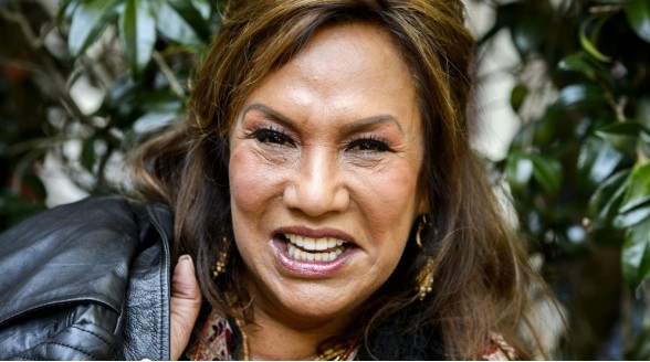 Patty Brard langer bij SBS
