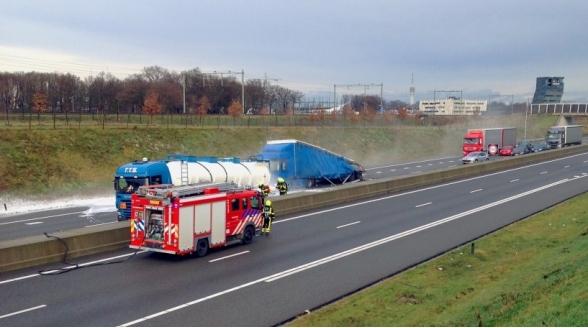 Regionale omroep L1 rampenzender na ongeluk zoutzuur A73