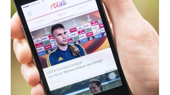 Smartphone en tablet verslaan de tv in 2015 niet