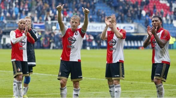 Voetbalklassieker Ajax – Feyenoord op tv, radio en internet