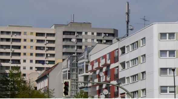Ymere Amsterdam mag huurder dwingen schotel te verwijderen